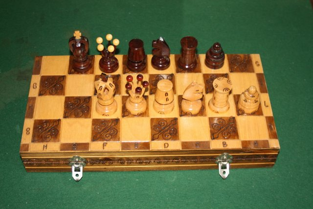 wooden-chess-set