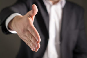 Can we switch personal injury lawyers during settlements?